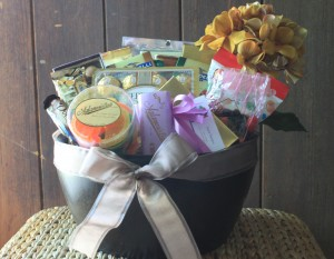 Dulce Designs- Gift and Welcome Baskets